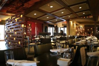 Dragonfly_Grill_and_Sushi_restaurants_american_vacation_living_orlando-1-345x230 - disney
