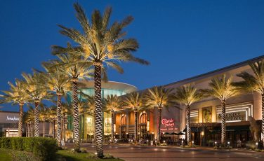 Millenia_Mall_shopping_americanvacation_living_orlando-1-376x230 - disney